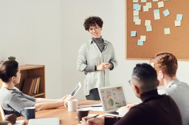 ¿Qué es lead management y cómo mejora el éxito de las ventas?